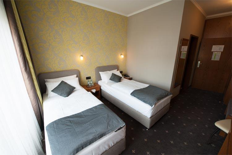 Hotel Zimmer Wiesbaden Mainz